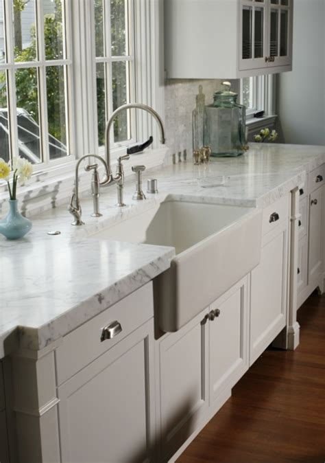White Farmhouse Kitchen Sink Farmhouse Sink Traditional Kitchen Davis Interior Design