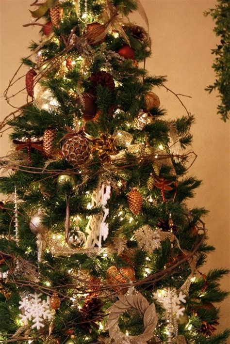 rustic christmas tree holiday decor pinterest