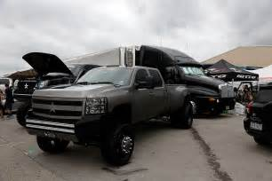 Custom Truck Accessories In Tx High Lifted Dually Truck Www Customtruckpartsinc Is