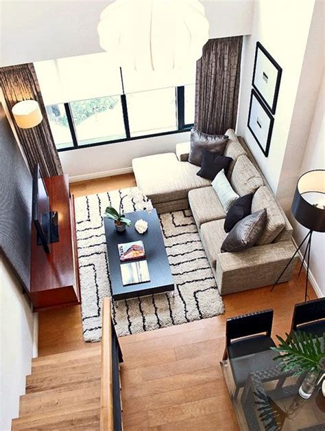 ways to decorate living room 25 best ideas about condo living room on pinterest