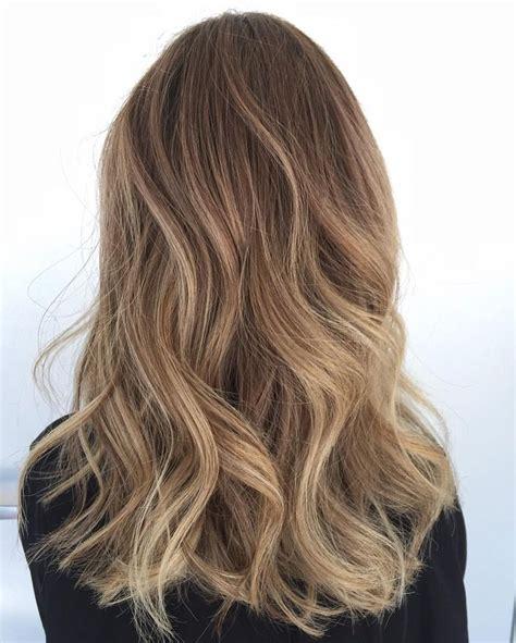 bayalage light blonde to carmel blonde die besten 17 ideen zu balayage auf pinterest keratin