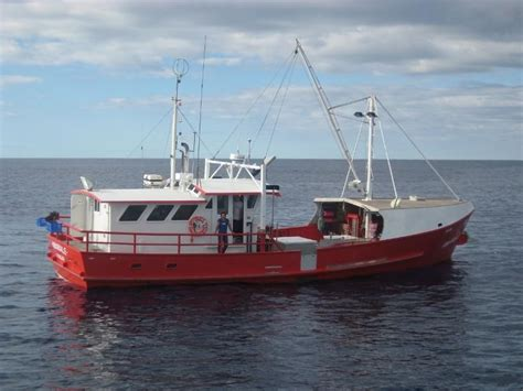 living on a boat in western australia pin haines hunter on pinterest