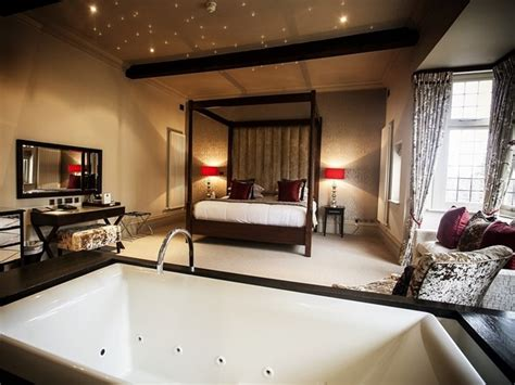 hotels with in room midlands accommodation and cancelation policy hogarths hotel solihull