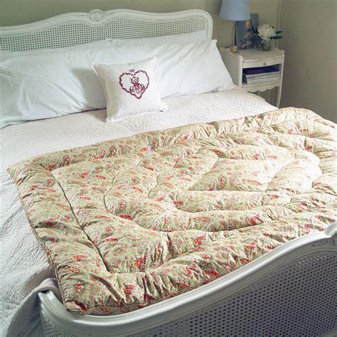 vintage paisley eiderdown quilt by velvet ribbon