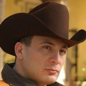valentin elizalde pictures valentin elizalde bio facts family birthdays