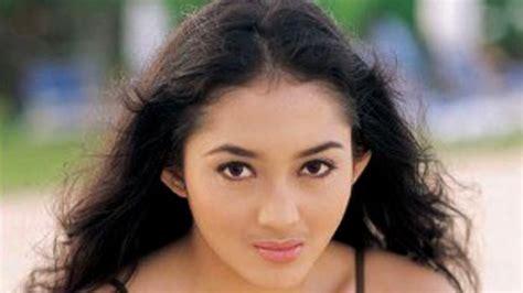 Hamil Muda Versi Koplo Penyanyi Muda Jawa Dangdut Cantik Animegue Com