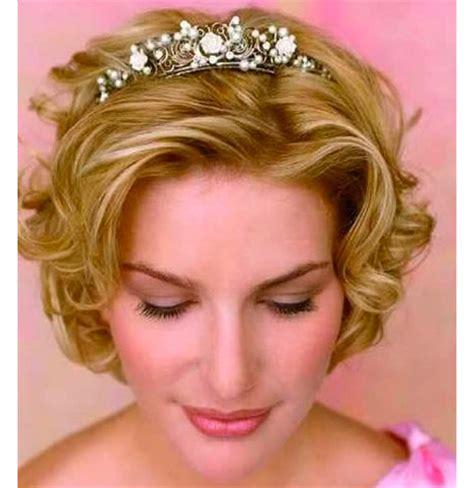 hair style poofed up in back of crown короткие свадебные прически 2015 на короткие волосы 36