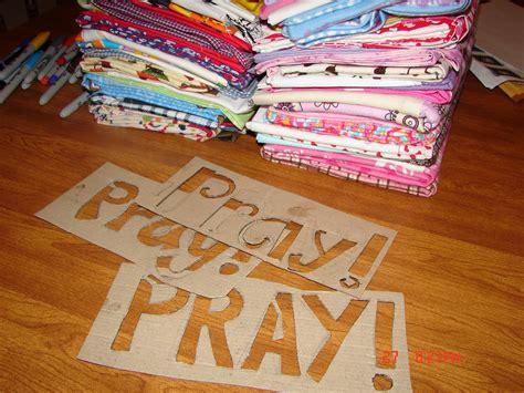prayer crafts for prayer pillowcases a and a glue gun