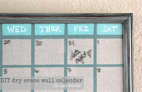 Diy Calendar Upcycled Picture Frame Turned Diy Wall Calendar