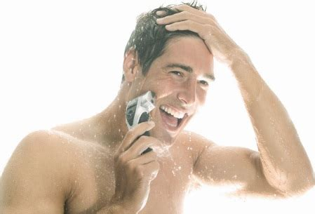 Do You Shave Before Or After You Shower by Panasonic Es8043 Rechargable Mens Foil Shaver Co Uk Health Personal Care