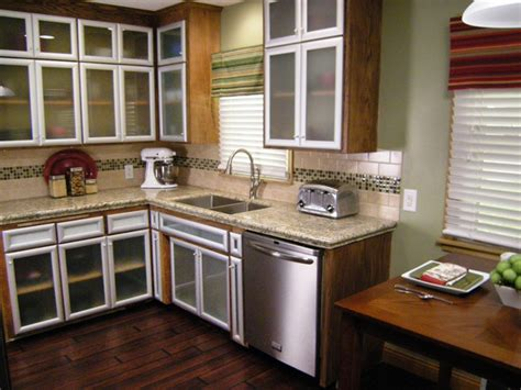 small kitchen makeover ideas on a budget impressive cheap kitchen makeover 6 small kitchen
