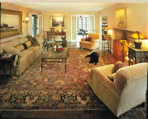 Carpeted Dining Room antique sarouk rugs makes a room elegant and cozy