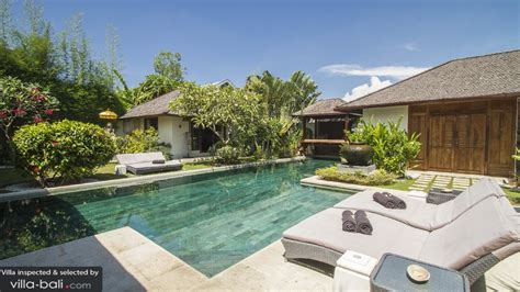 5 bedroom villas in seminyak villa hitu in seminyak bali 5 bedrooms best price