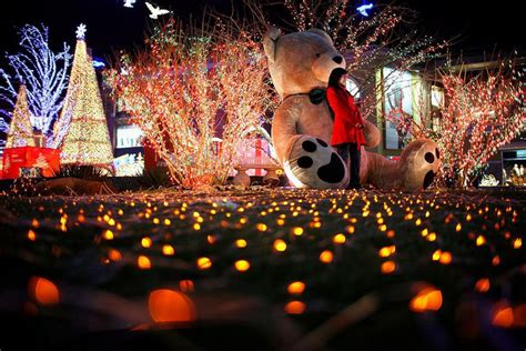 where to buy dhristmas decorations in shanghai is celebrated in china