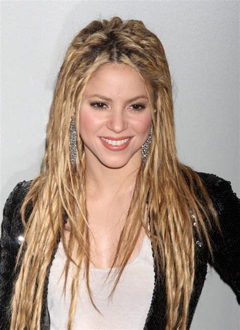 Shakira Hairstyle by 4 Stylish Shakira Hairstyles Popular Haircuts