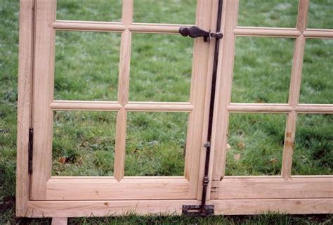 ristrutturare porte in legno come restaurare una finestra in legno manutenzione