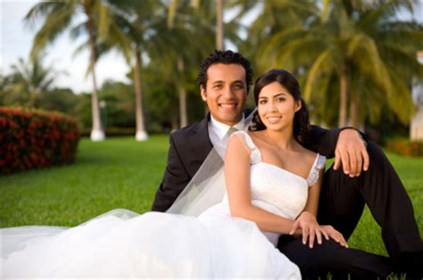 Featuring Engaged And Newly Married Couples by 5 End Of The Year Tax Tips For Newly Married Couples The