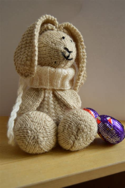 knitting pattern for easter bunny baggles easter knitting pattern knitting by post