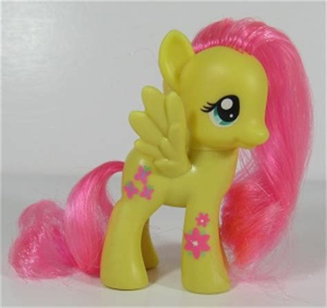 My Pony Fluttershy Flower Picking Original Hasbro g4 fluttershy my wiki