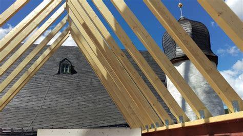 Frank München by Offene Dachstuhlkonstruktion