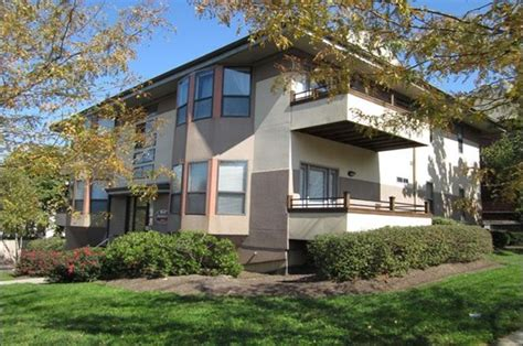 Bellevue Apartments Ohio Avenue 2902 Bellevue Avenue Apartments Cincinnati Oh Rentcaf 233