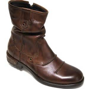 Bugatti Boots Bugatti Leicester Mens Zip Up Casual Boots Charles Clinkard