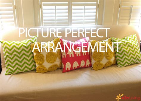 how to arrange pillows on a sofa the trick to arranging pillows to create a picture sofa 171 ezeliving