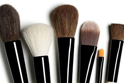 Kuas Makeup Pupa tips merawat kuas kosmetik loexie