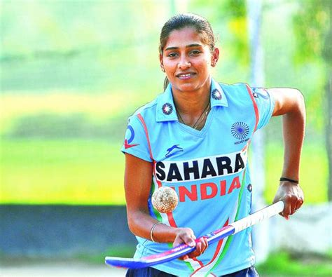 Gamis Rani Djohar Syar I 6 indian s hockey players you need to slide 1