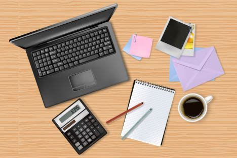 work desk for オフィスアイテム ノートpc 電卓 ノート ペン 写真 メモ の無料ベクターイラスト素材 all free