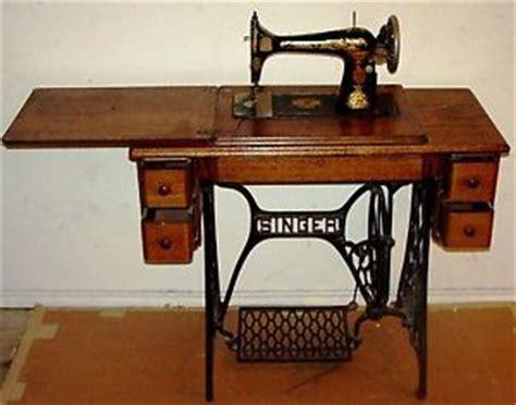 beautiful antique singer treadle 1919 sewing machine