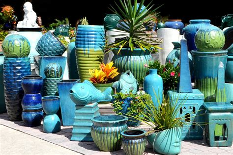 Wholesale Vietnamese Garden Pottery Large Pots Outdoor Cheap Large Planters