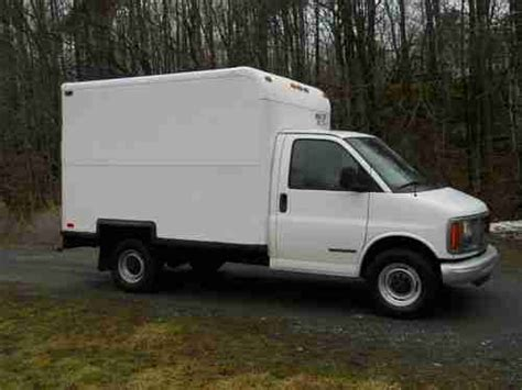 all car manuals free 2001 gmc savana 3500 instrument cluster find used 2001 gmc savana 3500 base cutaway van 2 door 5 7l in westfield massachusetts united