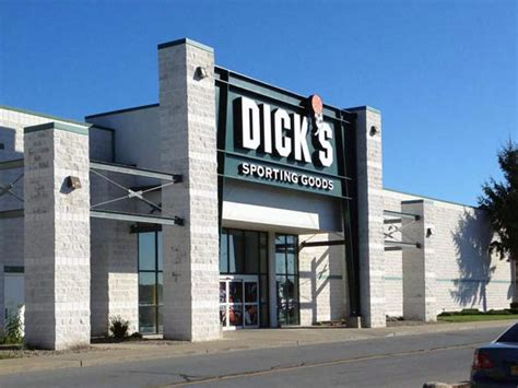 dick s sporting goods store in saratoga springs ny 22