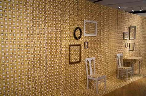 The Yellow Wallpaper Essay by Yellow Wallpaper Essay Thesis The Yellow Wallpaper Argument Essay Theblumeblog