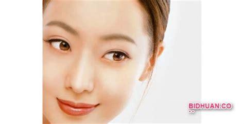 Serum Pemutih Wajah bingung memilih serum pemutih wajah paling bagus cek