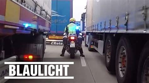 Polizei Motorrad Videos by Rettungsgasse Zu Eng Polizei Motorrad Kommt Nicht Durch
