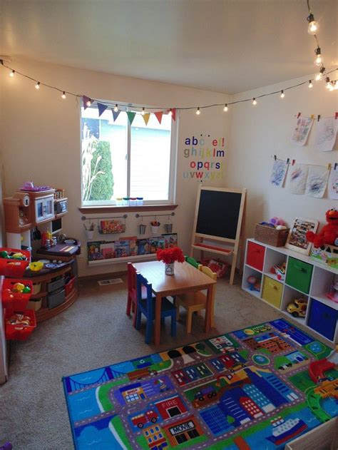 Playroom Ideas For Small Spaces 25 best ideas about small playroom on pinterest diy
