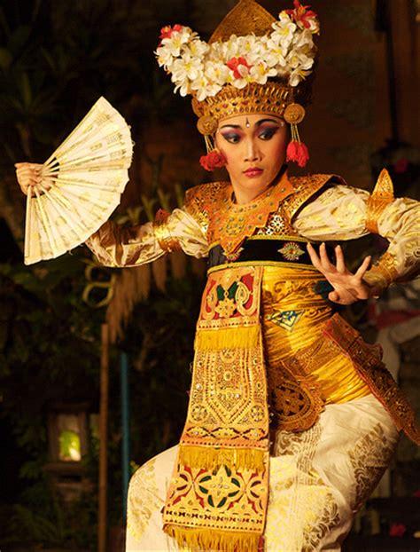 Legong Bali the epic romace the legong