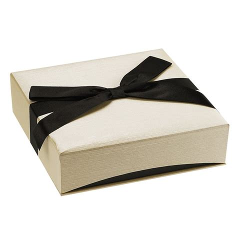 ribbon wrapped cream and black faux linen necklace gift box