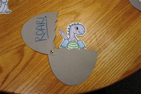 dinosaur crafts dinosaurs sunflower storytime