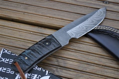 Handmade Bushcraft Knives Uk - handmade damascus bushcraft knife ram s horn handle perkin
