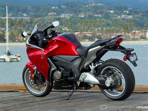 Honda Vfr 1200 by 2013 Honda Vfr 1200 F Pics Specs And Information