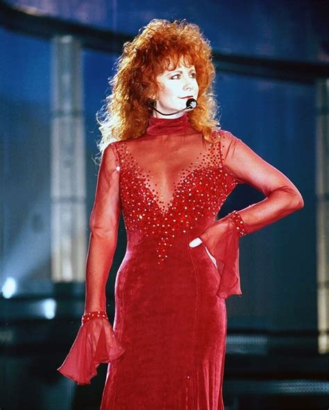 reba mcentire s costume changes at acm awards dresses best 25 reba mcentire ideas on pinterest country female