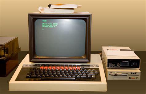 team  designs  computers