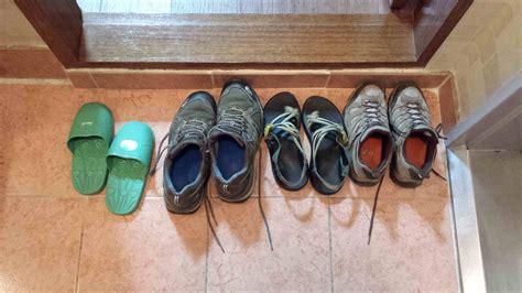 taking shoes off in house etiquette cultural significance of removing your shoes in asia