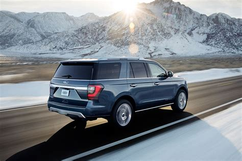 New Ford Expedition Redesign 2018 by Ford Unveils Redesigned 2018 Expedition Suv Trucks