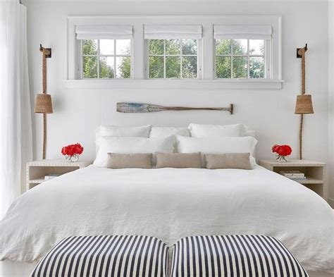Small Bedroom Windows Decor Best 25 Window Above Bed Ideas On Window Bed Small Window Treatments And