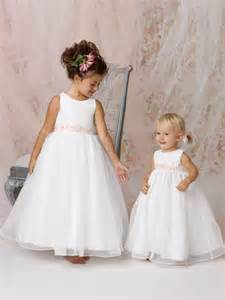 Scoop floor length white organza flower girl dress with pink sash