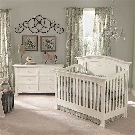 Baby Cache 4 In 1 Lifetime Crib Baby Cach 233 Lifetime Crib White Baby Cache Babies Quot R Quot Us I Think This Is The Crib And